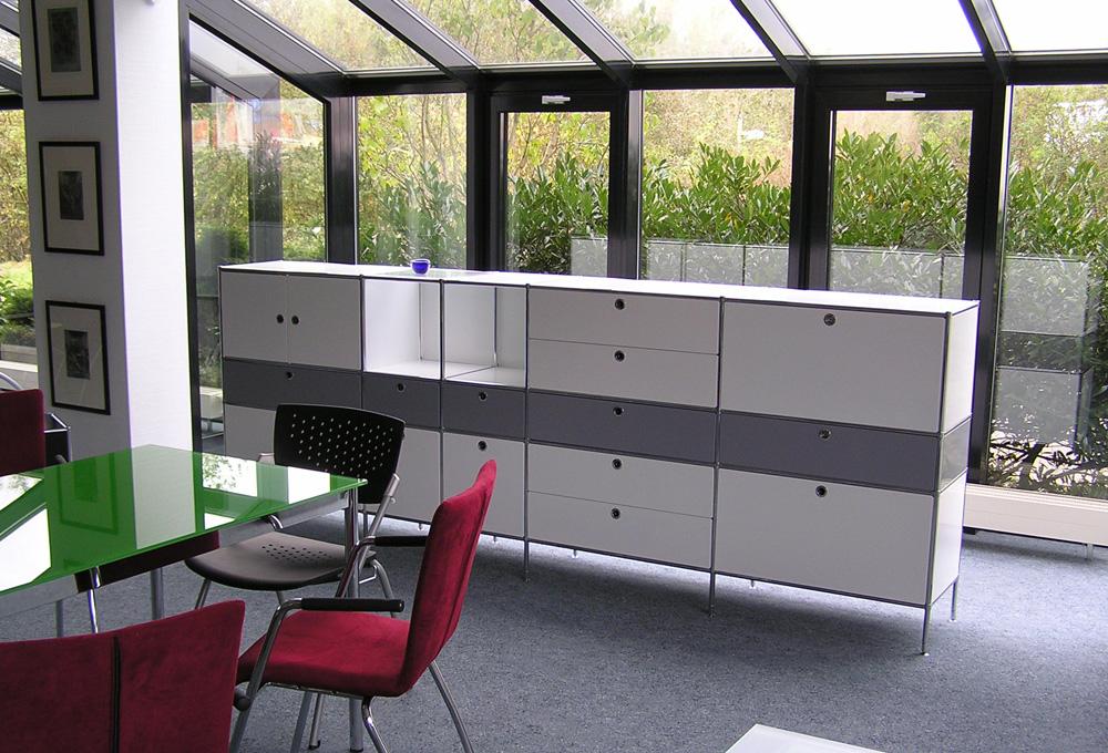 System 4 von Viasit, Flexibles Möbelsystem
