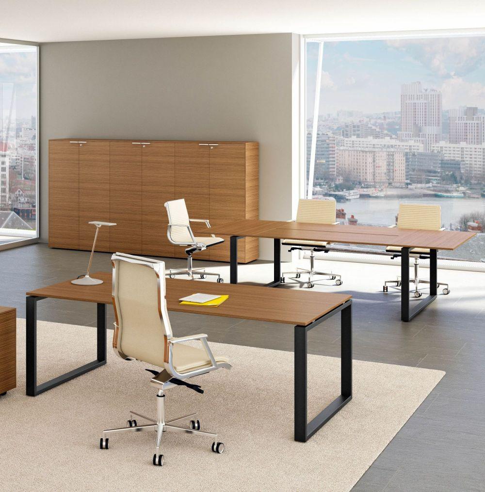 Schreibtisch LOOPY | Klassiker Direkt - Chefzimmer, Büromöbel ...