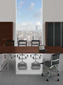 Konferenztisch-Loopy