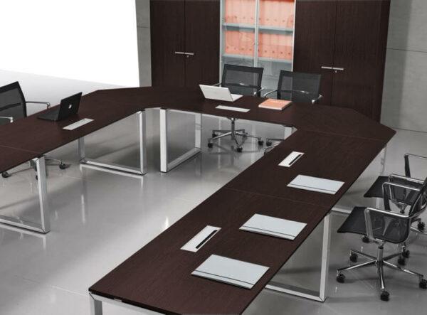 Konferenztisch-U-Form