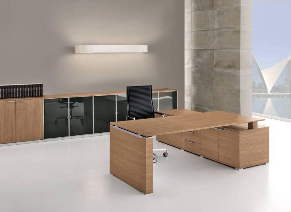 chef schreibtisch jet mit sideboard gro chefzimmer. Black Bedroom Furniture Sets. Home Design Ideas