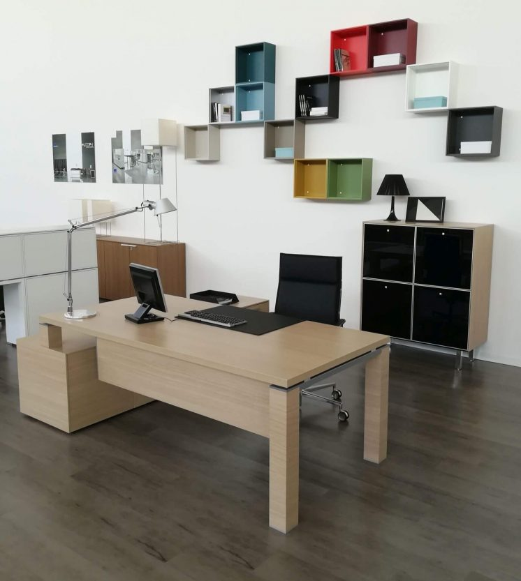 Managertisch-mit-Sideboard-Jet_6