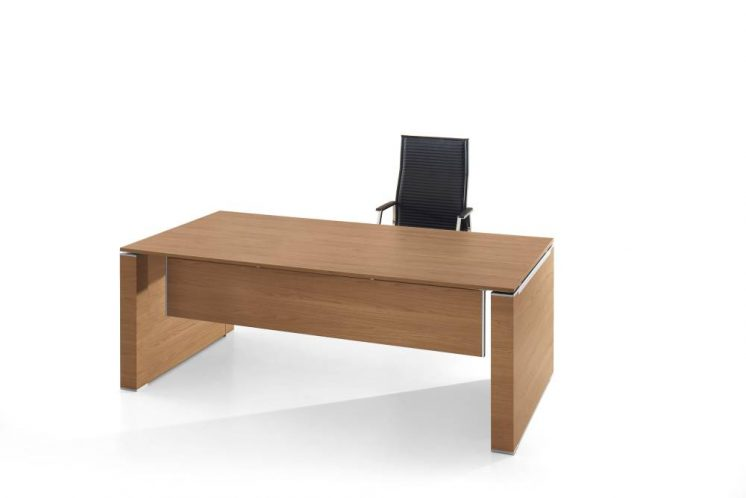 Schreibtisch Jet mit Wangengestell 1