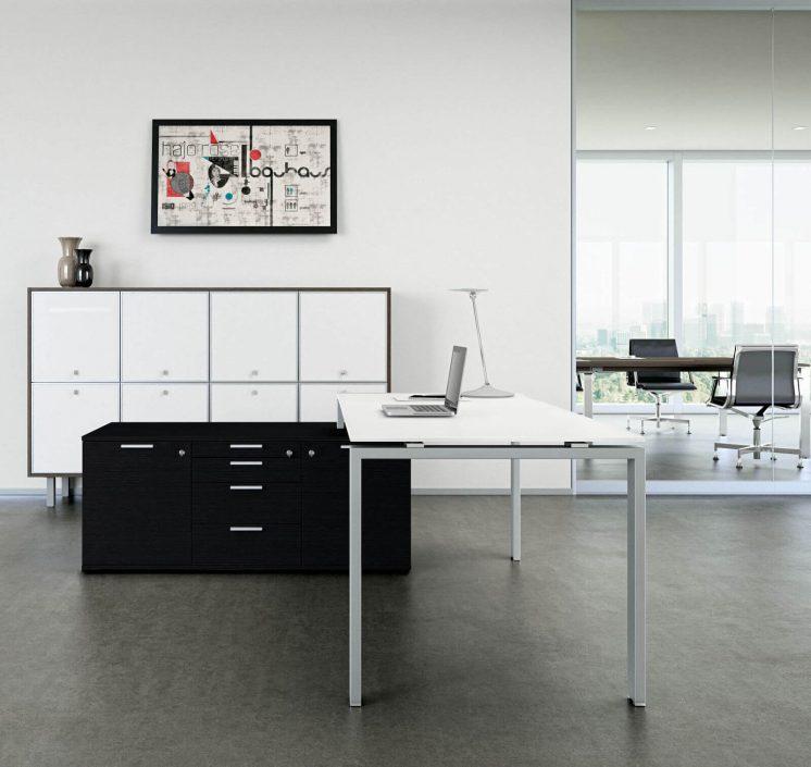 Schreibtisch-mit-kleinem-Sideboard-Glider_2