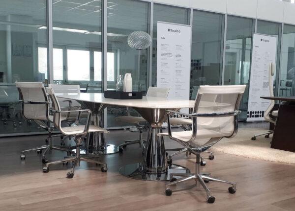 Konferenztisch-Metar-mit-Keramiktischplatte-weiss