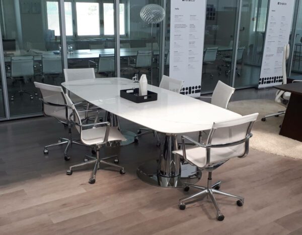 Konferenztisch-Metar-mit-Keramiktischplatte-weiss_1