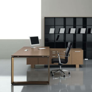 Schreibtisch-mit-Sideboard-Arche