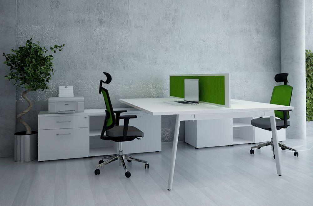 schreibtisch mit sideboards yan m b rom bel. Black Bedroom Furniture Sets. Home Design Ideas