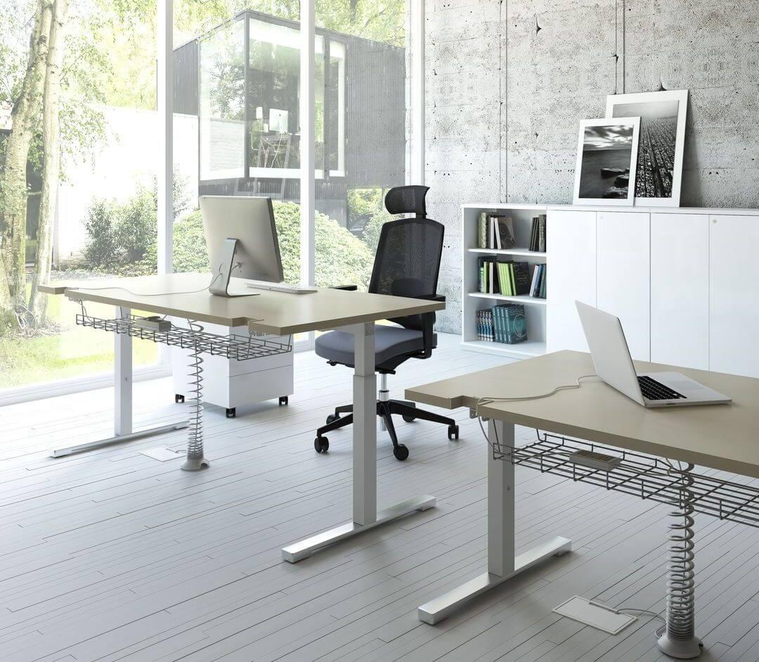 Schreibtisch höhenverstellbar YAN_T | Klassiker Direkt - Chefzimmer ...