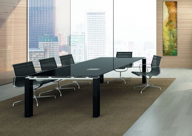 Meetingtisch für 8 Personen