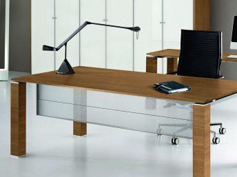 Knieraumblende für Schreibtisch - Metall