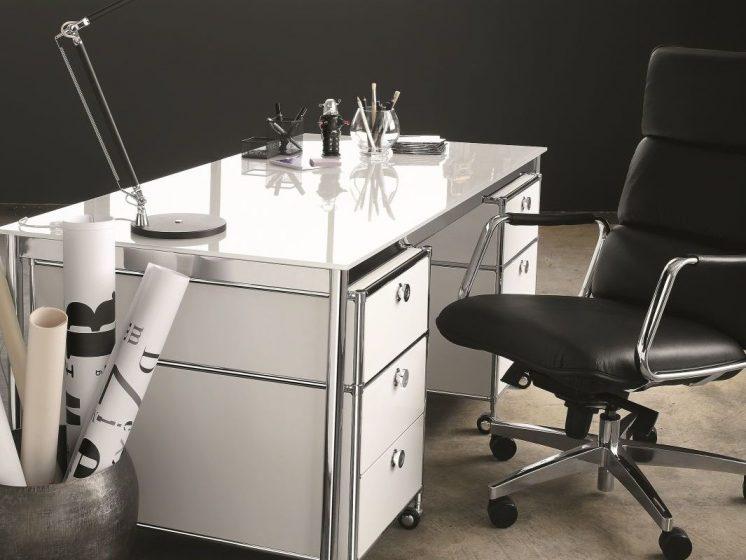 Schreibtisch glas lackiert viasit klassiker direkt for Glas schreibtisch