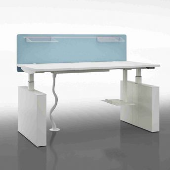 Sitz-Steh-Schreibtisch-Winglet