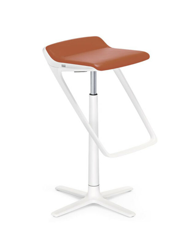 Hocker_KINETICis5_710K_Standard_weiss_orange