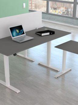 Schreibtisch-Move1-mit-Trennwand-weiss