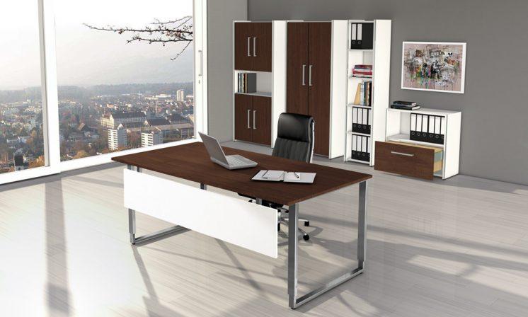 Schreibtisch_Palermo_mit_ Knieraumblende