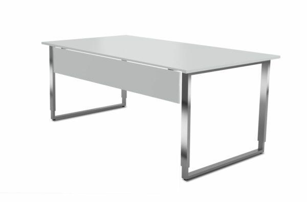 Schreibtisch_Palermo_mit_ Knieraumblende_1