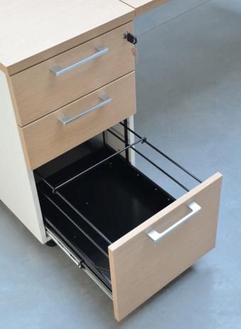 Anstellcontainer-KDT73-mit-Haengeregisterschublade