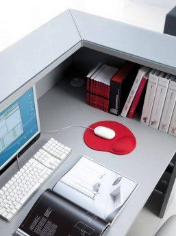 Empfangstresen-Deno-mit-Monitorboden