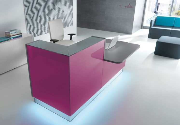 Deno-Empfangstisch-pink