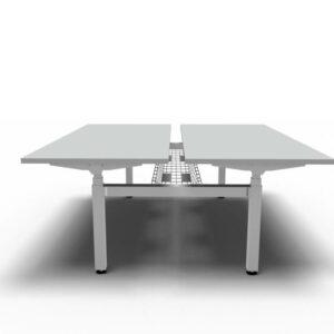 Bench-Schreibtische-mit-elektrischer-Hoehenverstellung-mit-Kabelkorb