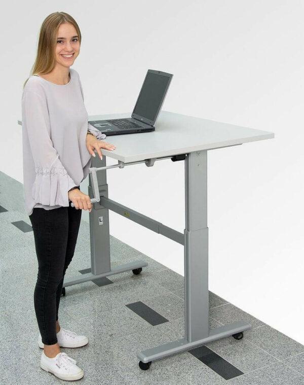 Schreibtisch_hoehenverstellbar_m_Kurbel_1