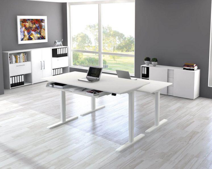 Steh-Sitztisch-elektrisch-hoehenverstellbar-Start-Up
