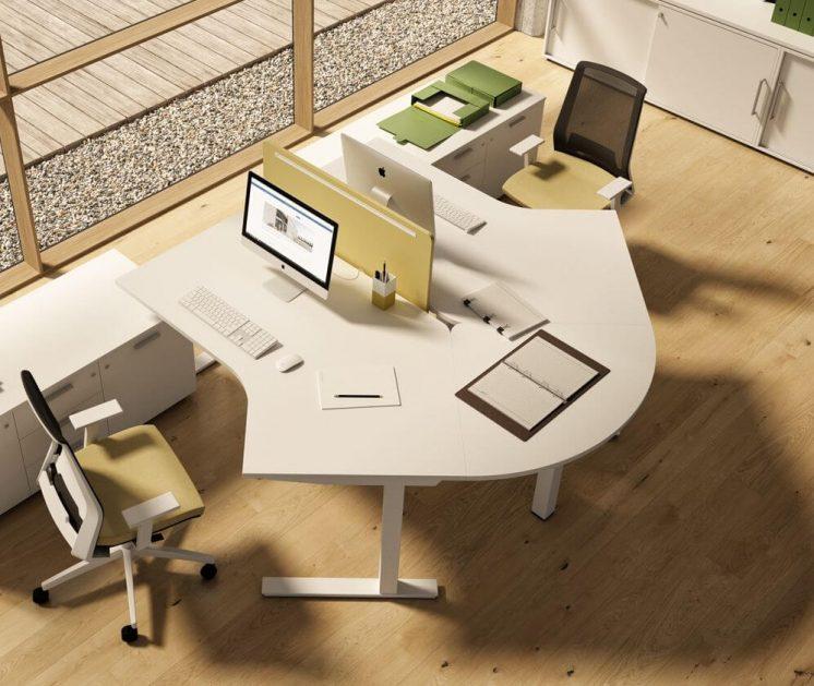 Doppelarbeitsplatz-mit-Besprechungsansatztisch-Winglet-weiss
