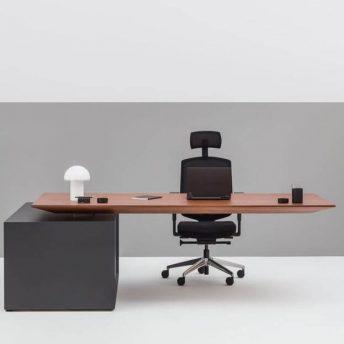 Chefschreibtisch-hoehenverstellbar-Gravity