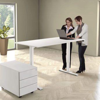 Schreibtisch-hoehenverstellbar-weiß