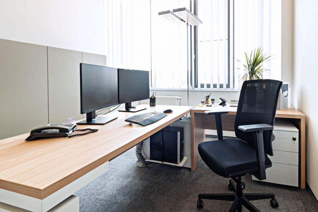 Büro - Schreibtisch elektrisch höhenverstellbar Faro - 5