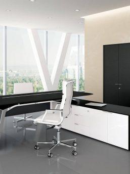 Chefzimmer-Metar-Schwarz-lackierte-Eiche-Lack-weiss