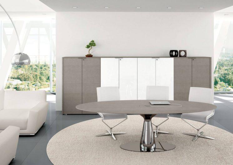 Konferenztisch-und-Schraenke-Metar-Grau-lackierte-Eiche