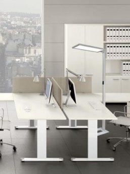 Moderne-Buero-Beleuchtung
